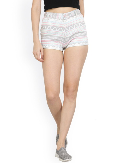 Purplicious Women White Printed Slim Fit Hot Pants